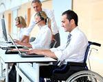 З початку року на Кіровоградщині працевлаштовано близько 200 громадян з інвалідністю. кіровоградщина, працевлаштування, соціальна послуга, центр зайнятості, інвалідність, person, computer, indoor, man, laptop, clothing. A person sitting at a desk with a laptop