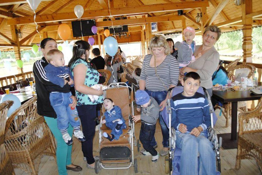 На Прикарпатті п'ять років працює організація, яка опікується дітьми з особливими потребами