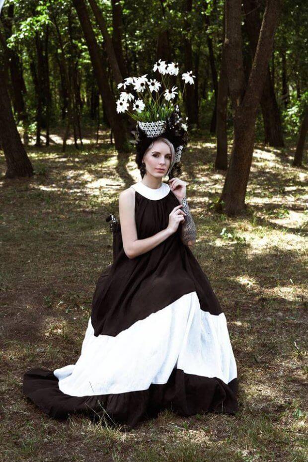 """""""Схожа на мольфарку"""": Госпітальєрка Зінкевич поділилася знімками у незвичному образі. дтп, яна зінкевич, світлини, інвалідний візок, інвалідність"""