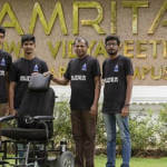 В Індії студенти-інженери розробили самокерований інвалідний візок