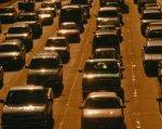Люди на колясках отнесены к участникам дорожного движения. пдд, водитель, инвалидность, кресло колесное, участник дорожного движения, vehicle, car, land vehicle, light, city, traffic, lined. A car is lined up in a row