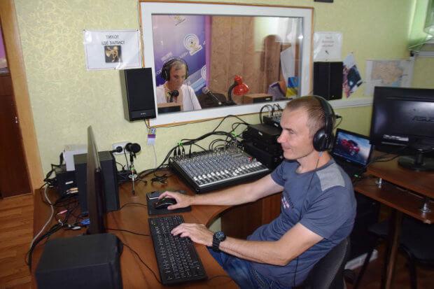 Режисер звуку: на Кіровоградщині чоловік з інвалідністю допомагає почути «Голос Петрівщини». кіровоградщина, працевлаштування, служба зайнятості, стажування, інвалідність