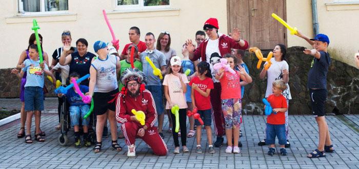 У Брюховичах відкрили інклюзивно-тренінговий табір для дітей з особливими потребами
