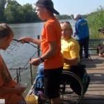 Рибалка на візках: у Києві провели особливий чемпіонат із риболовлі (ВІДЕО)