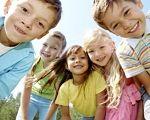 МОН закупить сучасні тести, що допоможуть складати кращі програми розвитку для дітей з особливими освітніми потребами. мон, діагностика, методика, особливими освітніми потребами, тест, person, smile, human face, clothing, child, girl, toddler, boy, posing, happy. A little girl posing for a picture