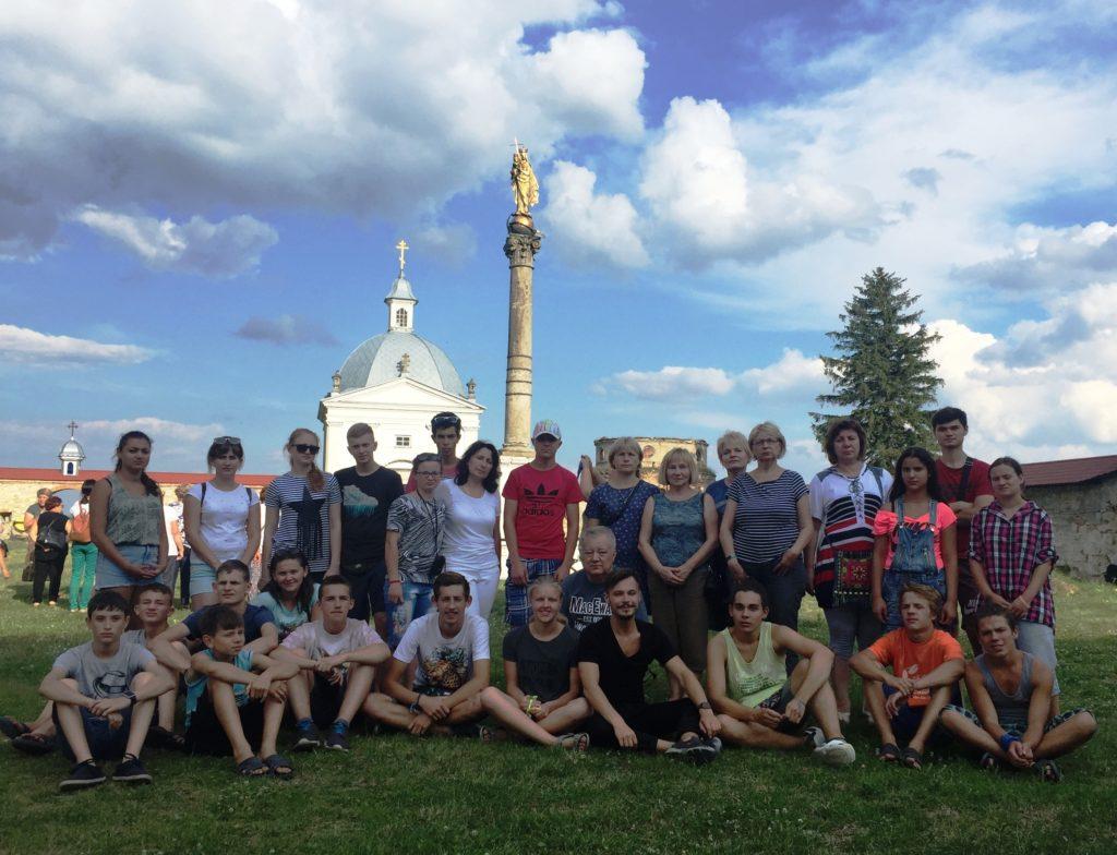 Друзі не прощаються – вони кажуть: «До побачення!»: як відбулася «Школа української жестової мови-2018»