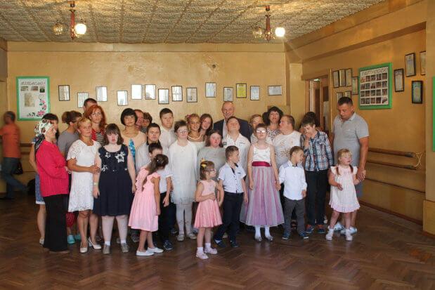 Голова облдержадміністрації Олександр Савченко запрошує на «Осінній бал – 2018» для дітей з інвалідністю. луцьк, олександр савченко, осінній бал, репетиція, інвалідність