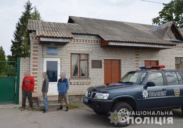 На Житомирщині та Запоріжжі поліція викрила злочинні групи, що займалися трудовою експлуатацією осіб з інвалідністю. житомирщина, запоріжжя, будинок-інтернат, трудова експлуатація, інвалідність