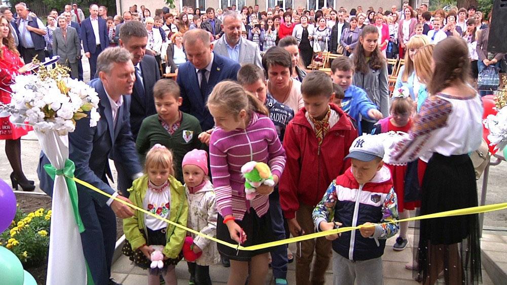 Інклюзивно-ресурсний центр для дітей з особливими освітніми потребами відкрили у Шумську (ВІДЕО)