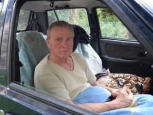 Лучанина, який жив у машині, прилаштують у притулок від церкви. георгій назарчук, квартира, машина, притулок, інвалід