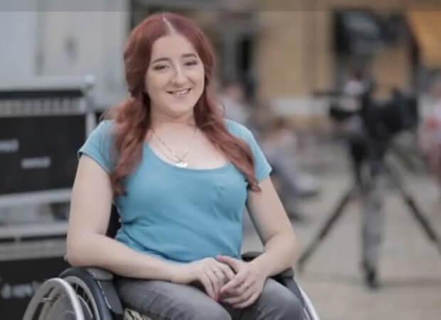 Вікторія Скрипник: «Що більше я у «відкритому морі», то більше я забуваю про свою інвалідність». вікторія скрипник, випусковий редактор, генетичне захворювання, суспільство, інвалідність