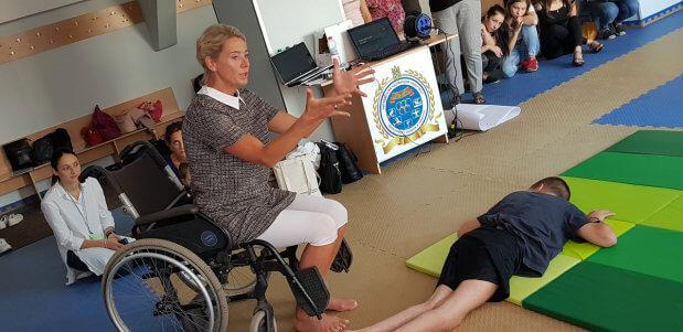 В УжНУ відбулась міжнародна науково-практична конференція «Актуальні питання у сфері надання комплексних послуг особам з інвалідністю». ужну, вдосконалення, засідання, конференція, інвалідність
