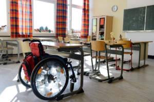 Набув чинності Закон про інклюзивне навчання у профзакладах та школах. особливими освітніми потребами, профзаклад, школа, інвалідність, інклюзивне навчання