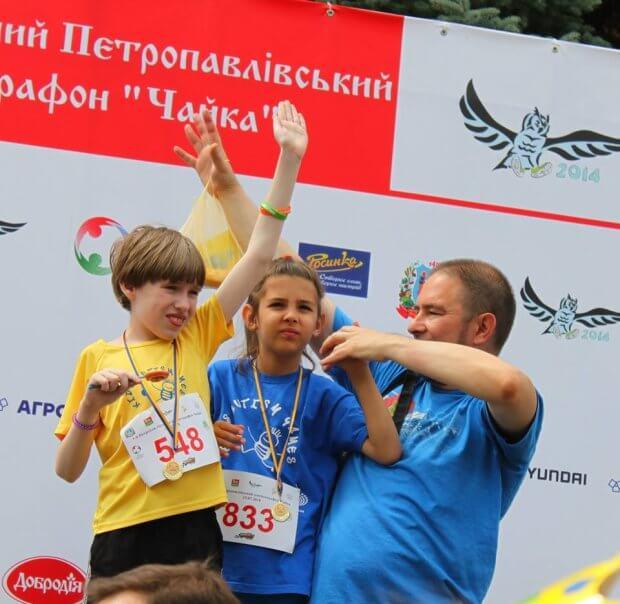 «Личный рекорд Максима — 1 км за пять минут и четыре секунды!». kidsautismgames, аутизм, спортивная студия, тренировка, эхолалия