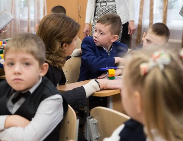 У Чернігові Марина Порошенко презентувала проекти «Бути Батьками», «Арсенал Ідей» та «Дитяча Демократія». марина порошенко, чернігів, презентація, проект, інклюзивна освіта