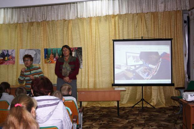Особливі школярі Новомиргорода знайомились зі світом творчих професій. новомиргород, презентація професії, вади слуху, профінформаційний захід, центр зайнятості