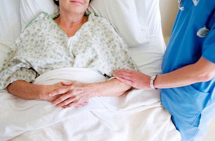 Працівники Офісу Омбудсмана зафіксували порушення дотримання прав пацієнтів з важкими невиліковними хворобами у Хмельницькій області
