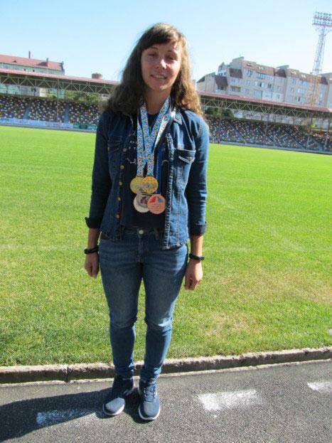 Ольга Зазуляк: «Мрію не лише виступити на Паралімпіаді, а й вибороти там одну з медалей!». ольга зазуляк, вади слуху, слабочуючий, спортсмен, інвалідність