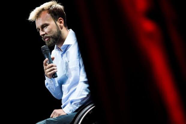 """Дмитро Щебетюк: """"Спілкуючись з людиною з інвалідністю, треба, насамперед, бачити людину"""". дмитро щебетюк, доступно.ua, доступність, травма, інвалідність"""