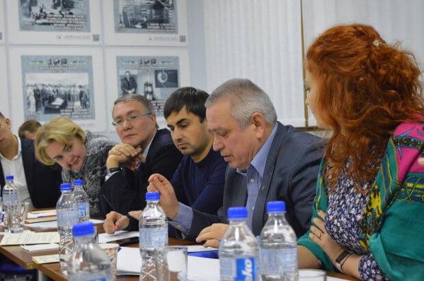 За підтримки Мінсоцполітики в Державному підприємстві України «Міжнародний дитячий центр «Артек» проходить перша інклюзивна оздоровча зміна для дітей з інвалідністю. артек, круглий стіл, оздоровлення, інвалідність, інклюзивність