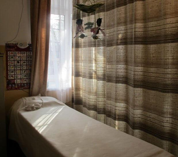 Незрячий масажист зі Львова: «Треба не шкодувати незрячих, а правильно допомагати». володимир дурнєв, масажист, незрячий, сліпий, інвалідність