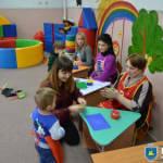 Світлина. В Нікополі працює центр для дітей з особливими навчальними потребами. Навчання, раннє втручання, інклюзивно-ресурсний центр, заняття, терапія, Никополь