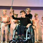 Світлина. «Громадський бюджет»: у Маріуполі покажуть незвичайну балетну виставу «Лускунчик». Новини, інвалідність, суспільство, інвалідний візок, Мариуполь, балетна вистава Лускунчик