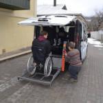 Світлина. Херсону нужны такие проекты — знакомство с социальным такси. Безбар'ерність, проект, инвалидная коляска, Херсон, социальное такси, Валерий Безверхий