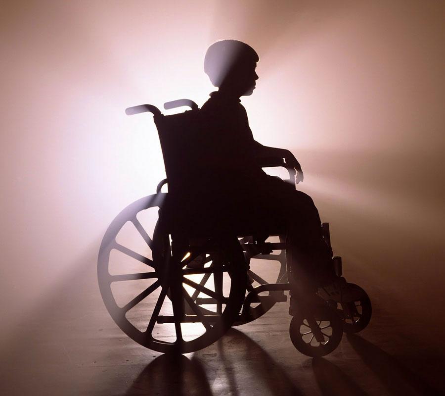 Реабилитация детей с ДЦП. дцп, абілітація, метод, пособие, терапія, wheel, person, abstract, silhouette, cart, drawn. A person riding a horse