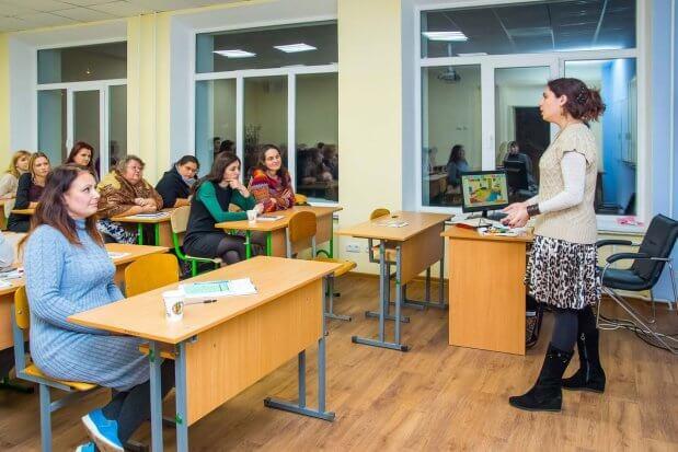 «Первая задача учителя в случае истерики ребенка — обеспечить его безопасность». ирина сергиенко, аутизм, аутист, лекція, тренинг