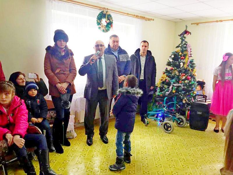 На Богородчанщині відбувся традиційний «Зимовий Благодійний бал» для дітей з обмеженими функціональними можливостями