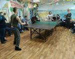 Единственный в Украине: в Одессе работает центр реабилитации людей с душевными расстройствами. одесса, восстановление, нервное расстройство, пациент, пилотный проект, floor, person, table, indoor, furniture, people, room, footwear, coffee table, man. A group of people in a room