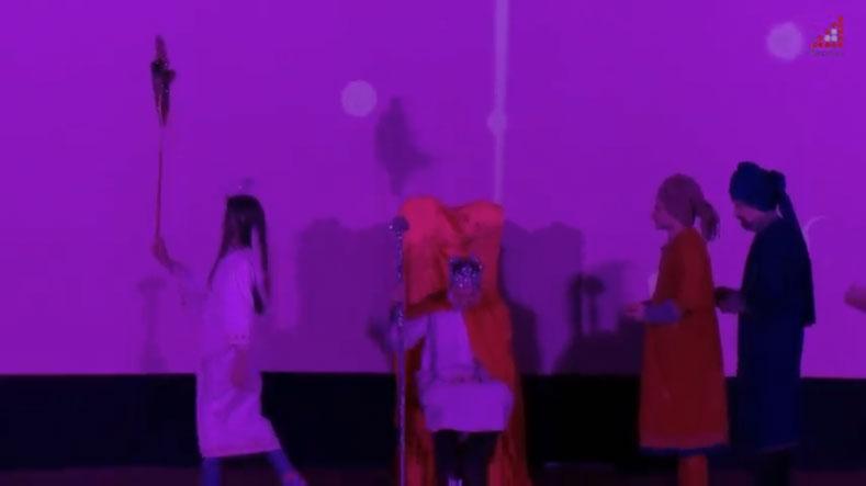 Театр «МІСТ», де грають актори та акторки з обмеженими можливостями, презентували у Чернігові (ВІДЕО). чернігів, актор, вистава, театр міст, інвалідність, indoor, dance, person, concert, magenta, violet, purple, stage, clothing. A group of people on a stage
