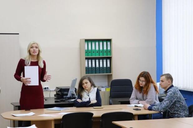 Центр розвитку кар'єри запросив до співпраці студентів з інвалідністю. сну ім. в. даля, центр розвитку кар'єри, зустріч, студент, інвалідність