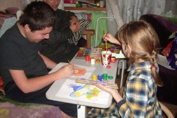 «Не сдавайтесь. Всегда можно что-то придумать!» – интервью с семьей из Никопольского района, которая столкнулась с проблемами инвалидности и преодолела их. барьер, инвалидность, мышечная дистрофия дюшенна, проблема, семья поповичей