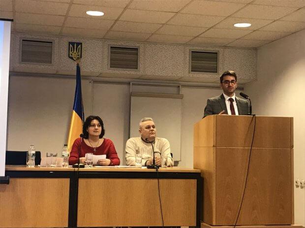 У Житомирському апеляційному суді відбувся семінар-тренінг «Інклюзивний суд: основні поняття і шляхи розвитку». житомир, доступ, семінар-тренінг, суд, інвалідність