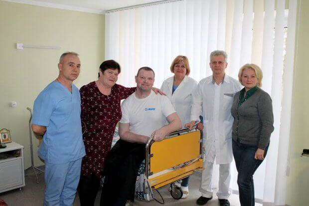 Володимир Ширма: У центрі вертебрології лікують та реабілітують професійно, з душевним теплом. житомир, лікування, пацієнт, центр вертебрології, інвалідність