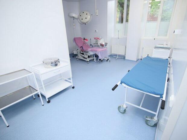 В Одесі покращують доступність медичної допомоги для людей з інвалідністю. одеса, гінекологічне крісло, доступність, медична допомога, інвалідність