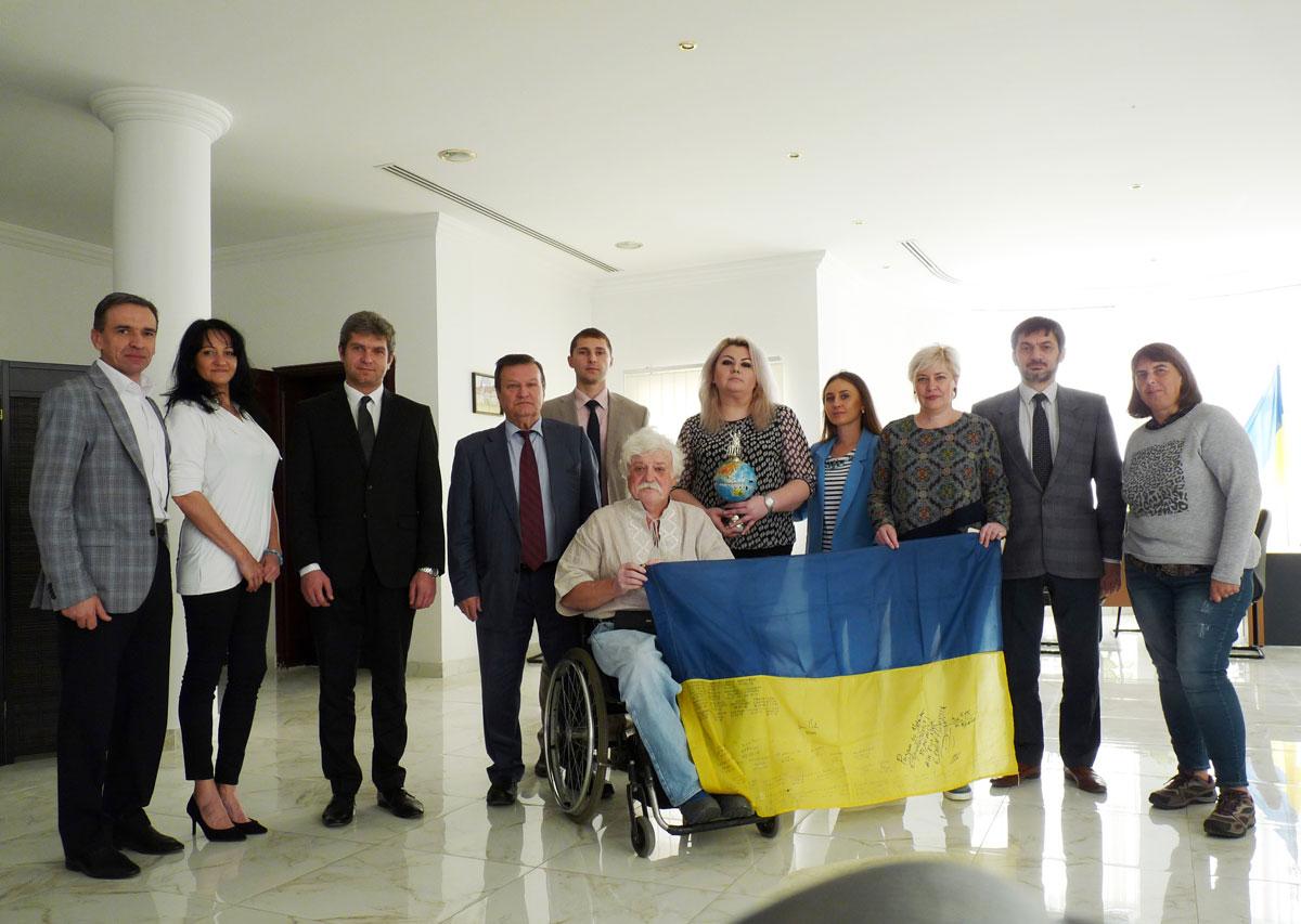 Український громадський діяч та мандрівник Микола Подрезан відвідав Катар (ФОТО)