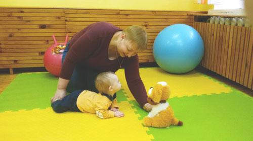 Встигнути вчасно: як працює система раннього втручання в Україні. виховання, захворювання, раннє втручання, реабілітація, інвалідність