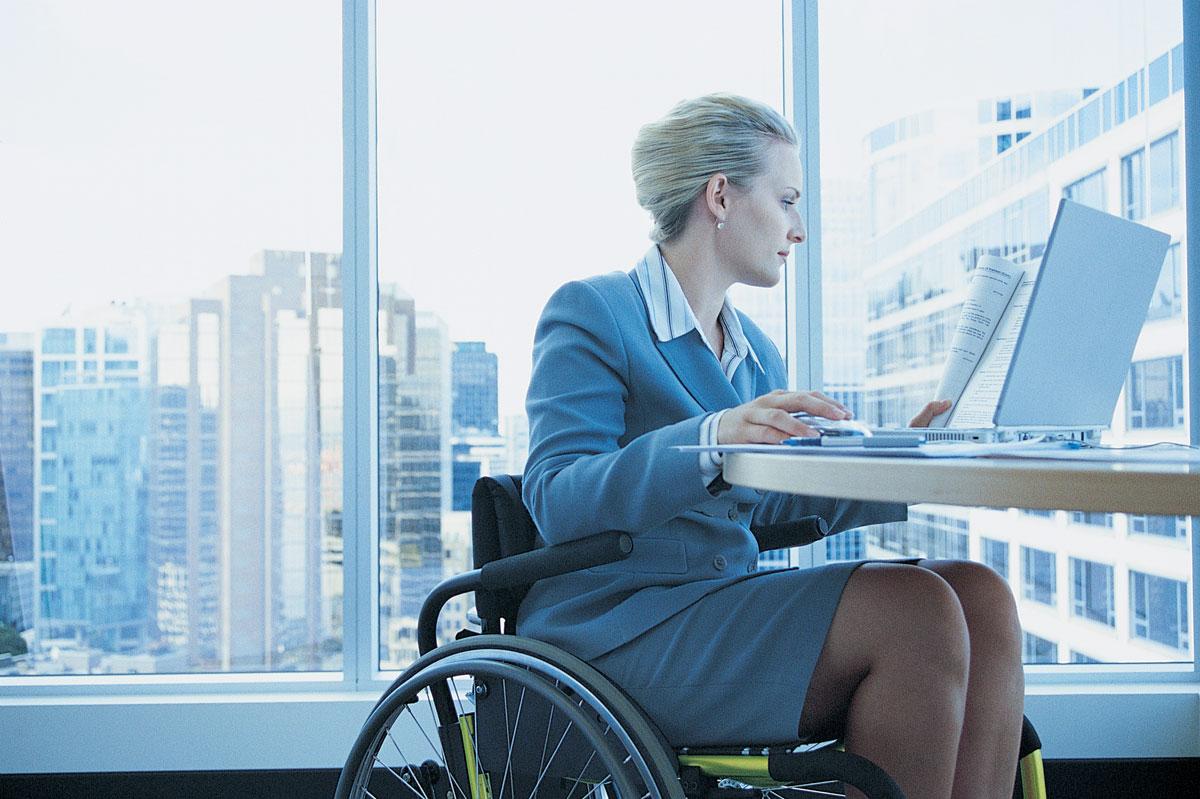 У Полтаві запрацювала «гаряча лінія» пошуку роботи для людей з інвалідністю