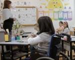 У Полтавському виші готують спеціалістів до роботи в інклюзивному навчальному середовищі. полтава, педуніверситет, специалист, студент, інклюзивна освіта, person, whiteboard, classroom, furniture, indoor, table, clothing, chair, desk, girl. A group of people sitting at a desk