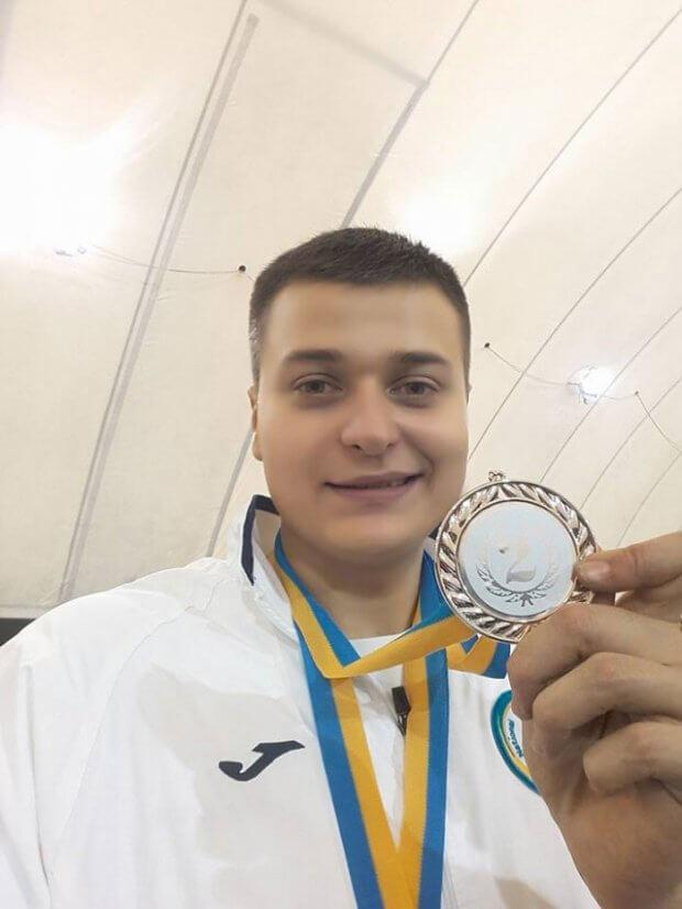 Ужгородський фехтувальник Максим Магула: «Боротимуся в Токіо за медаль паралімпіади». максим магула, змагання, спортсмен, суспільство, фехтування