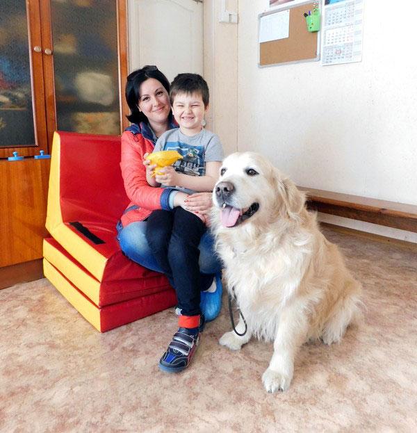 Когда у сына-аутиста начинается приступ агрессии, он подходит к любимому псу и успокаивается