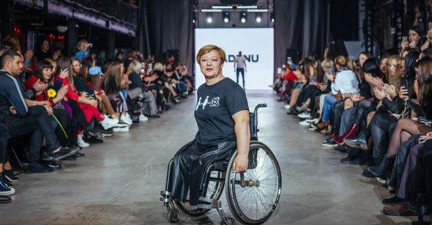 К инклюзивным показам подключились профессионалы. харьков, инвалидность, модельное агентство, одежда, проект