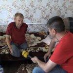 На Дніпропетровщині без двох ніг та руки живе винахідник, якого звуть не інакше як «кулібін» (ВІДЕО)