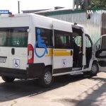 У Носівській ОТГ з'явилося соціальне таксі для людей з інвалідністю: як воно працює (ВІДЕО)