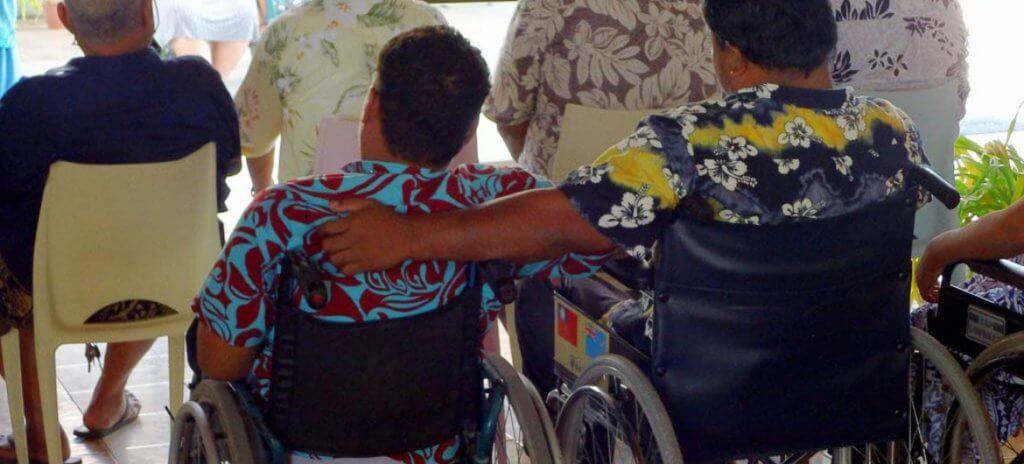 Генсек запустил Стратегию по созданию в ООН условий для людей с инвалидностью. антониу гутерриш, конвенція, стратегия оон, инвалидность, конференция, person, clothing, bicycle, bicycle wheel. A person holding a bag of luggage