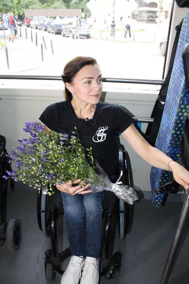 Ірина Царук вже 27 років пересувається за допомогою інвалідного крісла. Вона лідерка Групи Активної реабілітації і тренер-наставник у Львівському військовому госпіталі. ірина царук, львів, доступний, суспільство, інвалідність