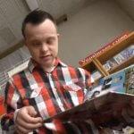 Вперше в Україні людина із синдромом Дауна здобула вищу освіту – історія Богдана Кравчука (ВІДЕО)